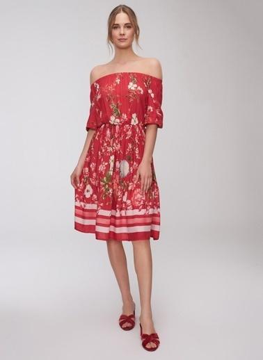 People By Fabrika Çiçek Desenli Elbise Kırmızı